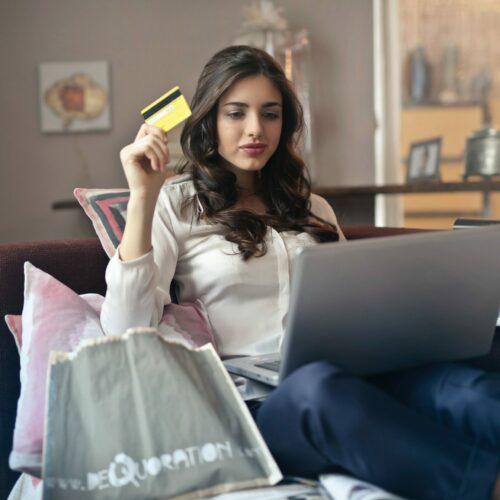 5 powodów, dla których warto kupować meble online